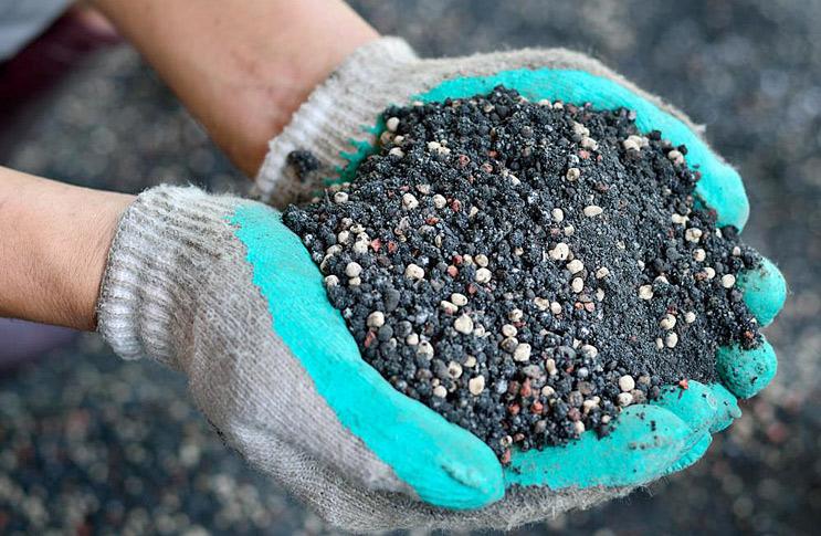 Комплексное удобрение для грунта